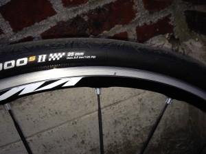 pneu de 25 à 7 kilos pour Paris Roubaix