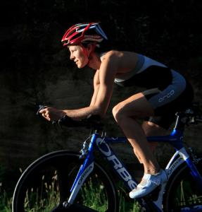 velo-triathlon-kate-strong